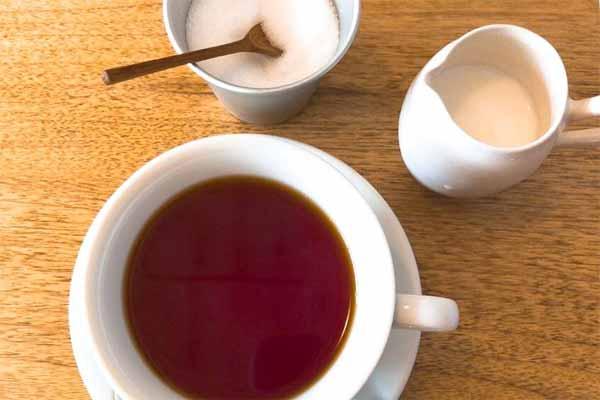カフェフオネの紅茶