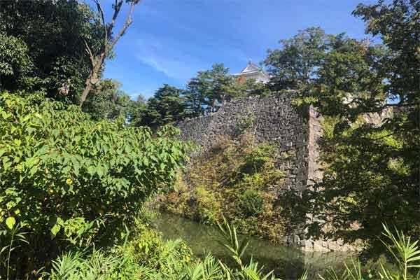 伊賀上野城の石垣