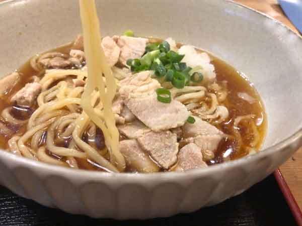 伊賀市きゅうあんの麺