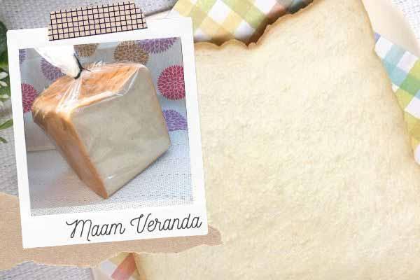 マームベランダの食パン