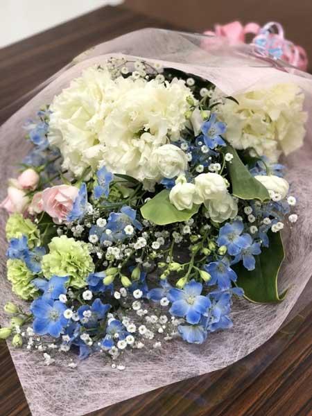 伊賀市の花屋マエダ園芸の花束